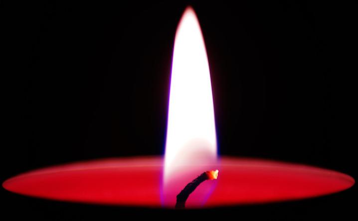 descanso chama de vela resting candle flame
